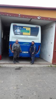 Oprava vrat autobusové garáže